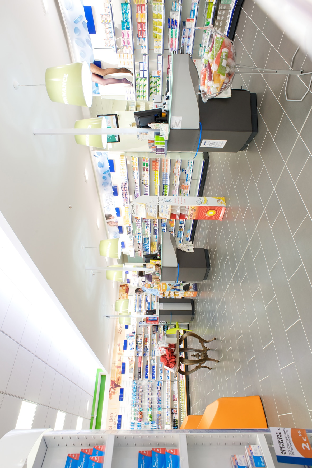 POTET_PHARMACIE_CENTRE_COMMERCIAL5
