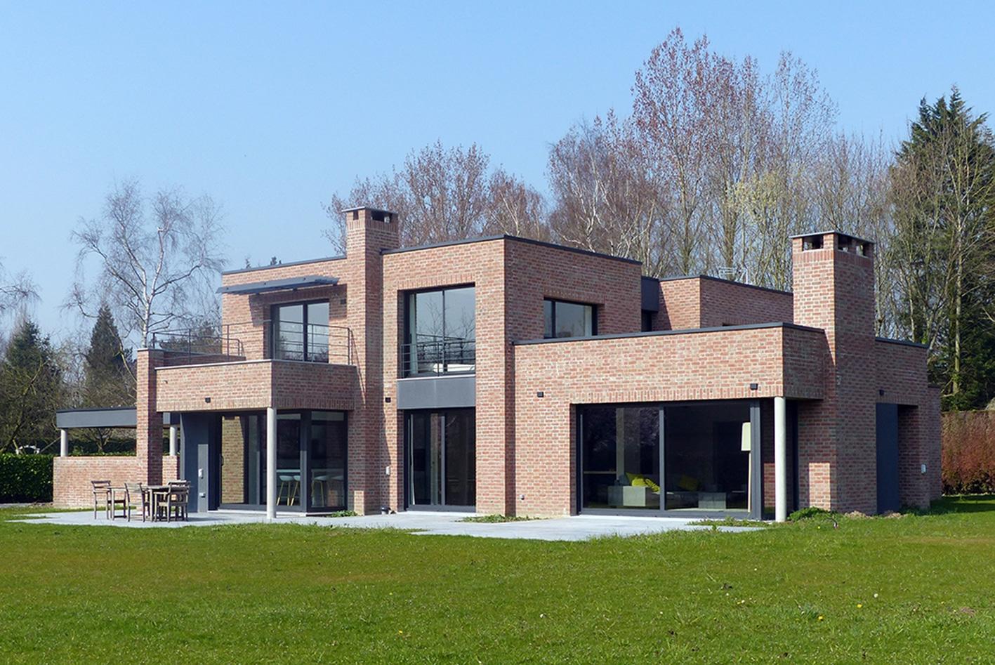 villa rouge orang e les architecteurs. Black Bedroom Furniture Sets. Home Design Ideas