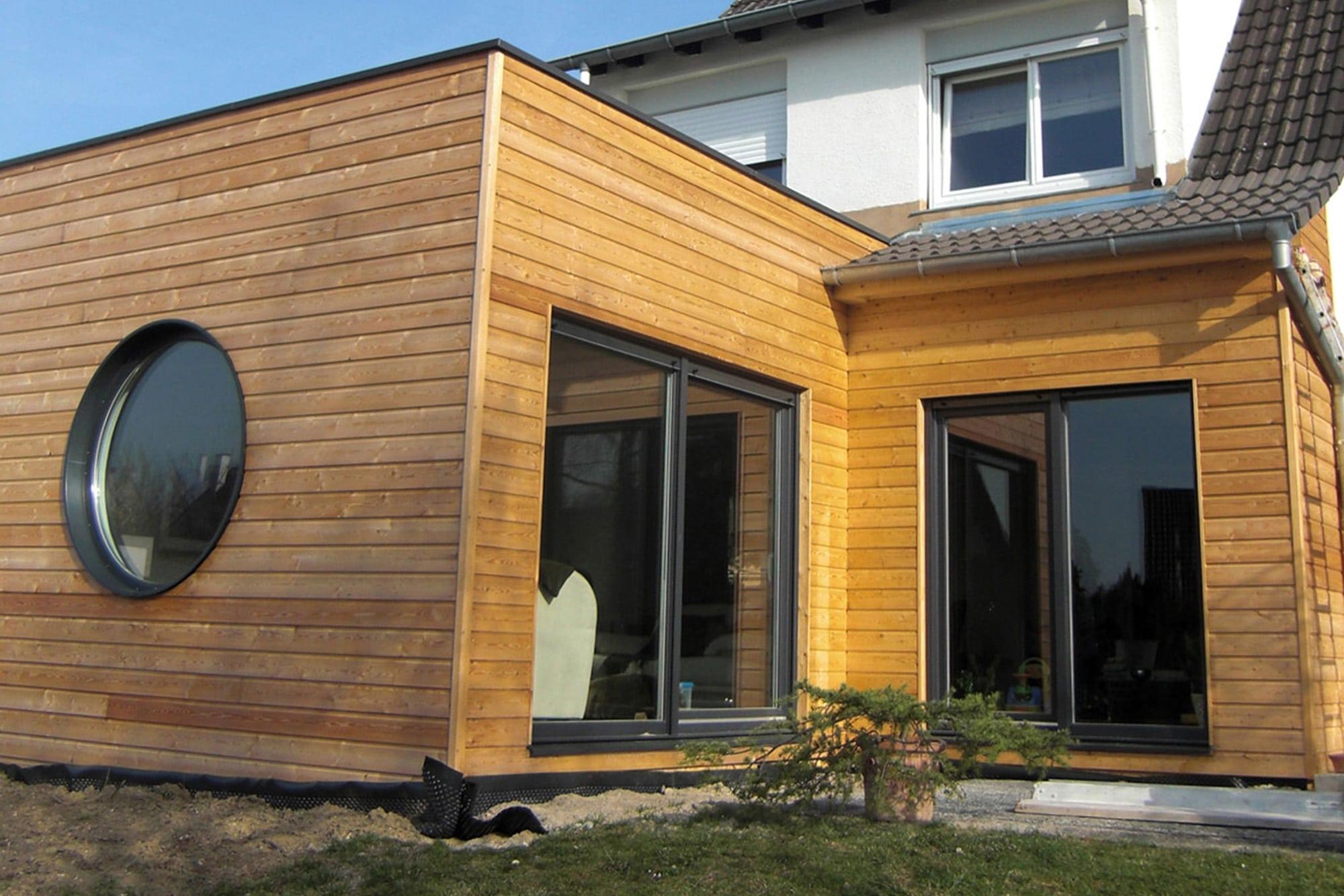 boite en bois sur jardin les architecteurs. Black Bedroom Furniture Sets. Home Design Ideas