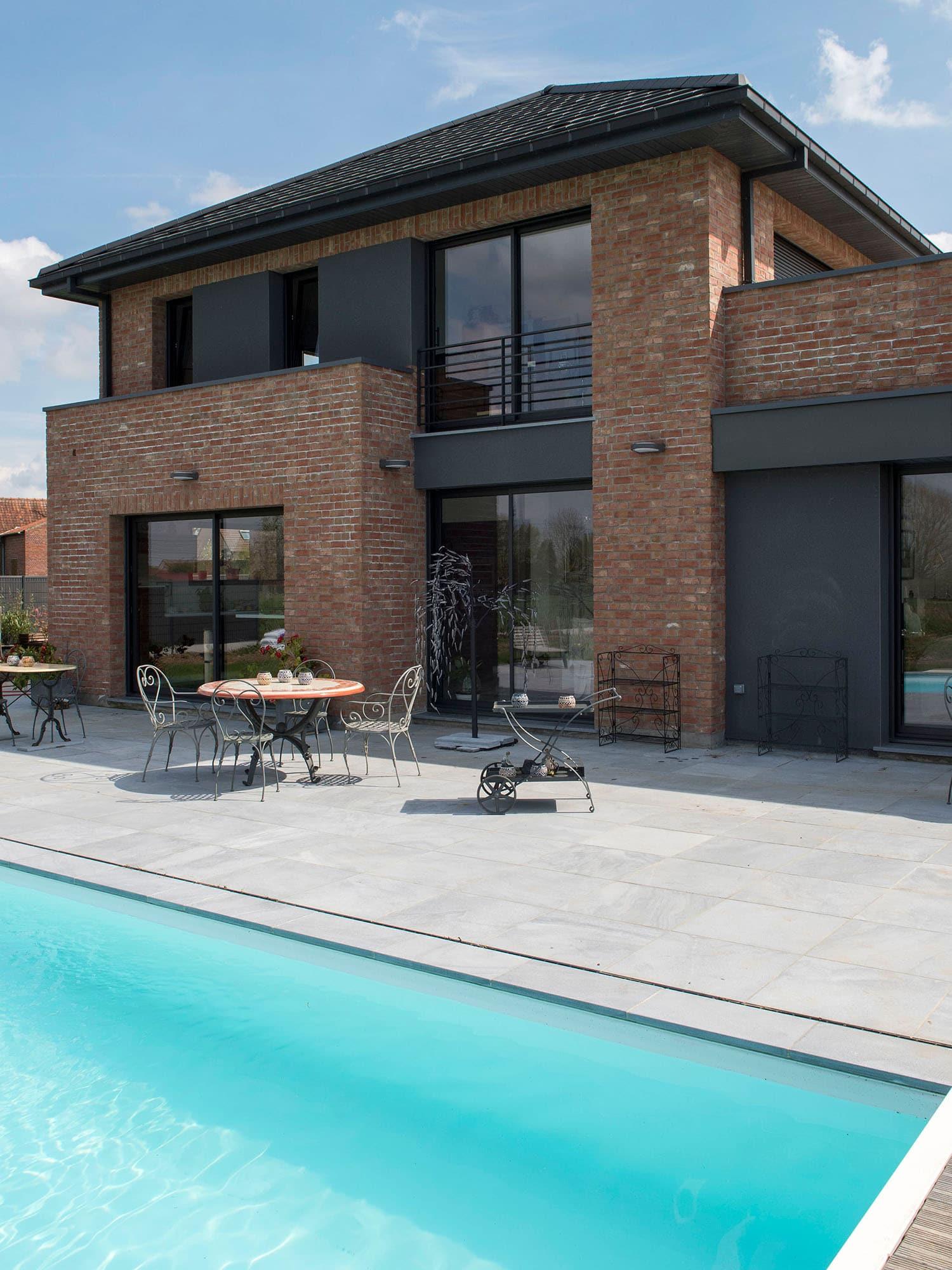 Fabuleux Maison semi-cubique en briques EM55