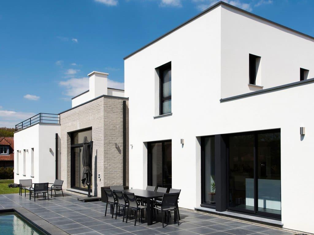POUWELS_HAB_decroche_facade_maison_cubique