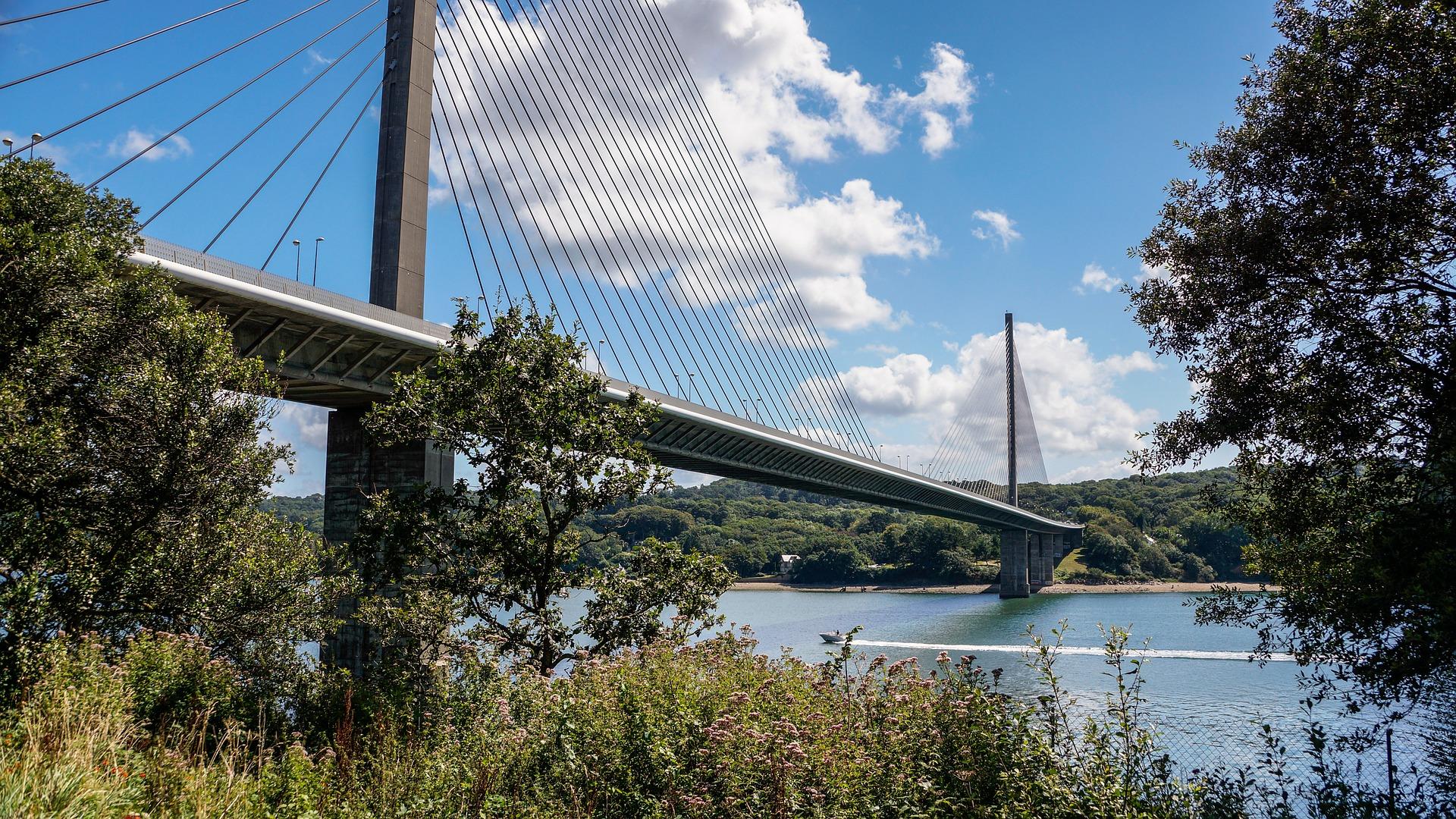 BREST bridge-539668_1920