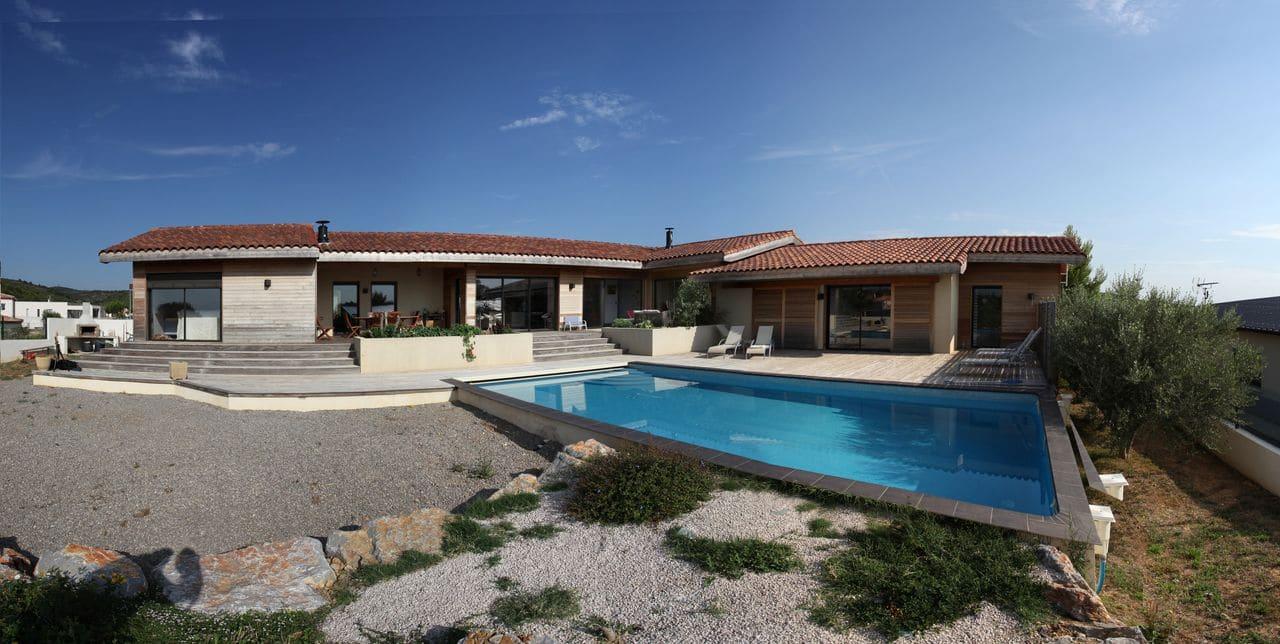 Villa ossature bois villa v1 les architecteurs for Villa ossature bois