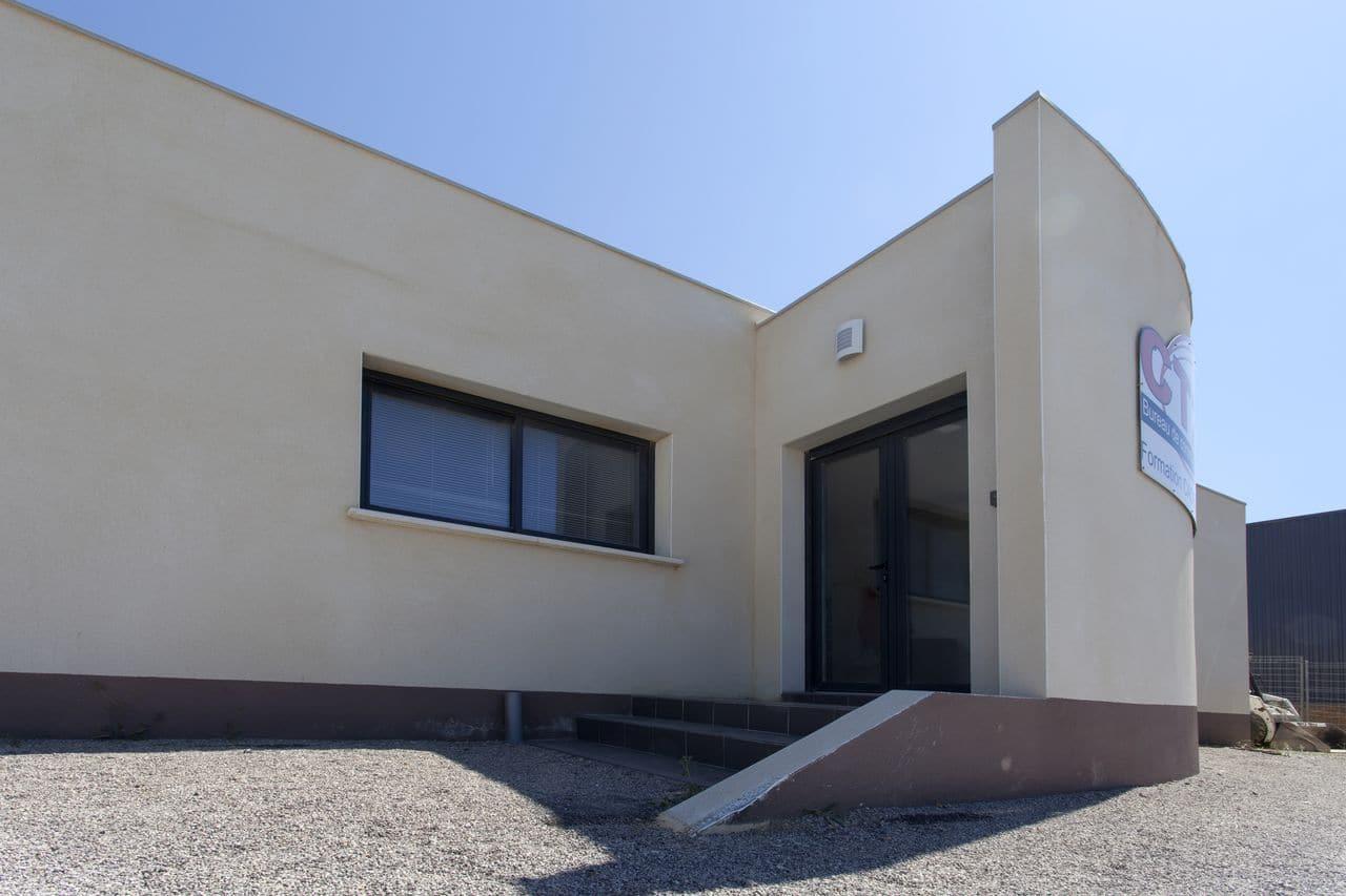 bureaux ct2s et logement de fonction les architecteurs. Black Bedroom Furniture Sets. Home Design Ideas