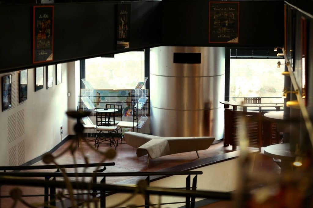 Pro2_Architecteurs_BUR_officetourismenarb_04.jpg