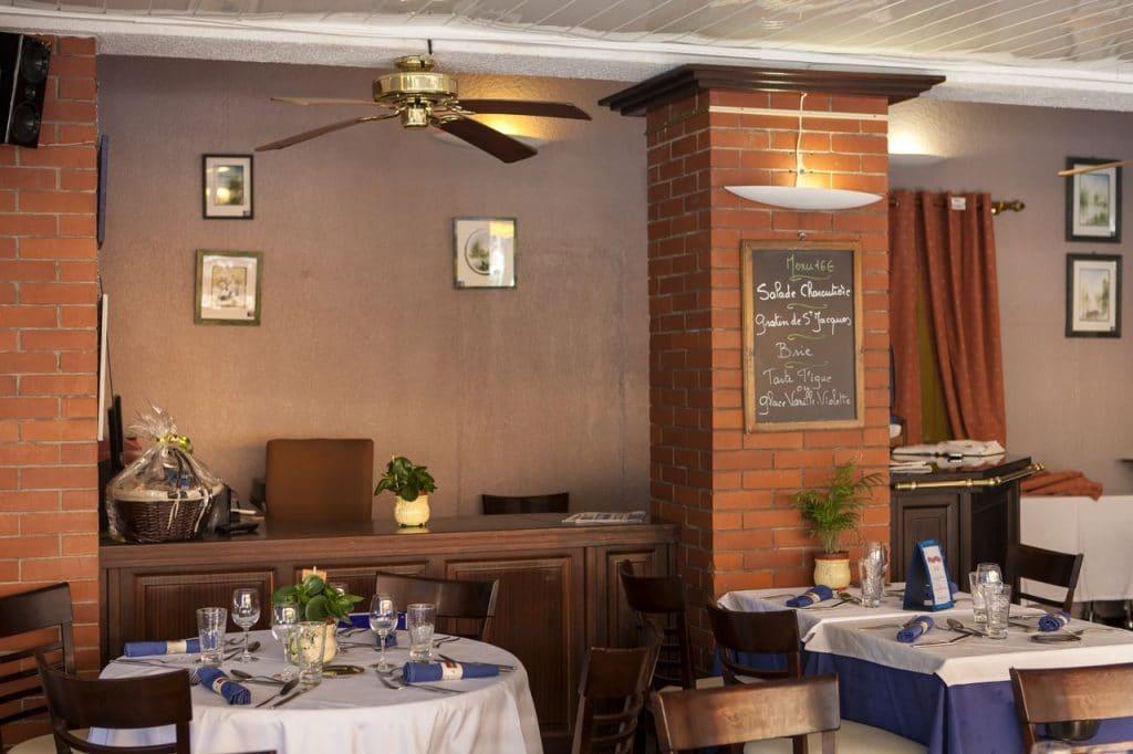 Pro2_Architecteurs_REST_restaurant_air_marin_04.jpg
