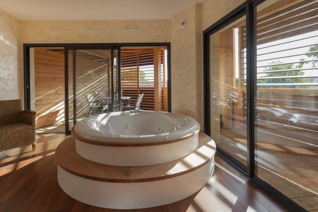 Pro2_Architecteurs_HOTEL_Ile_Du_Gua_07.jpg