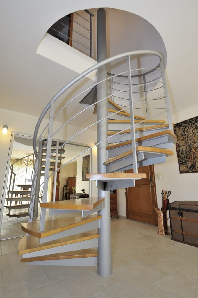 MARCOS_HAB_MAISONTRADITIONNELLE_ESCALIER_05