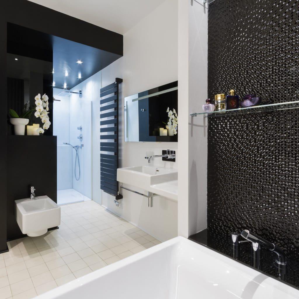 Renovation d 39 un hotel particulier les architecteurs for Prix renovation salle de bain complete