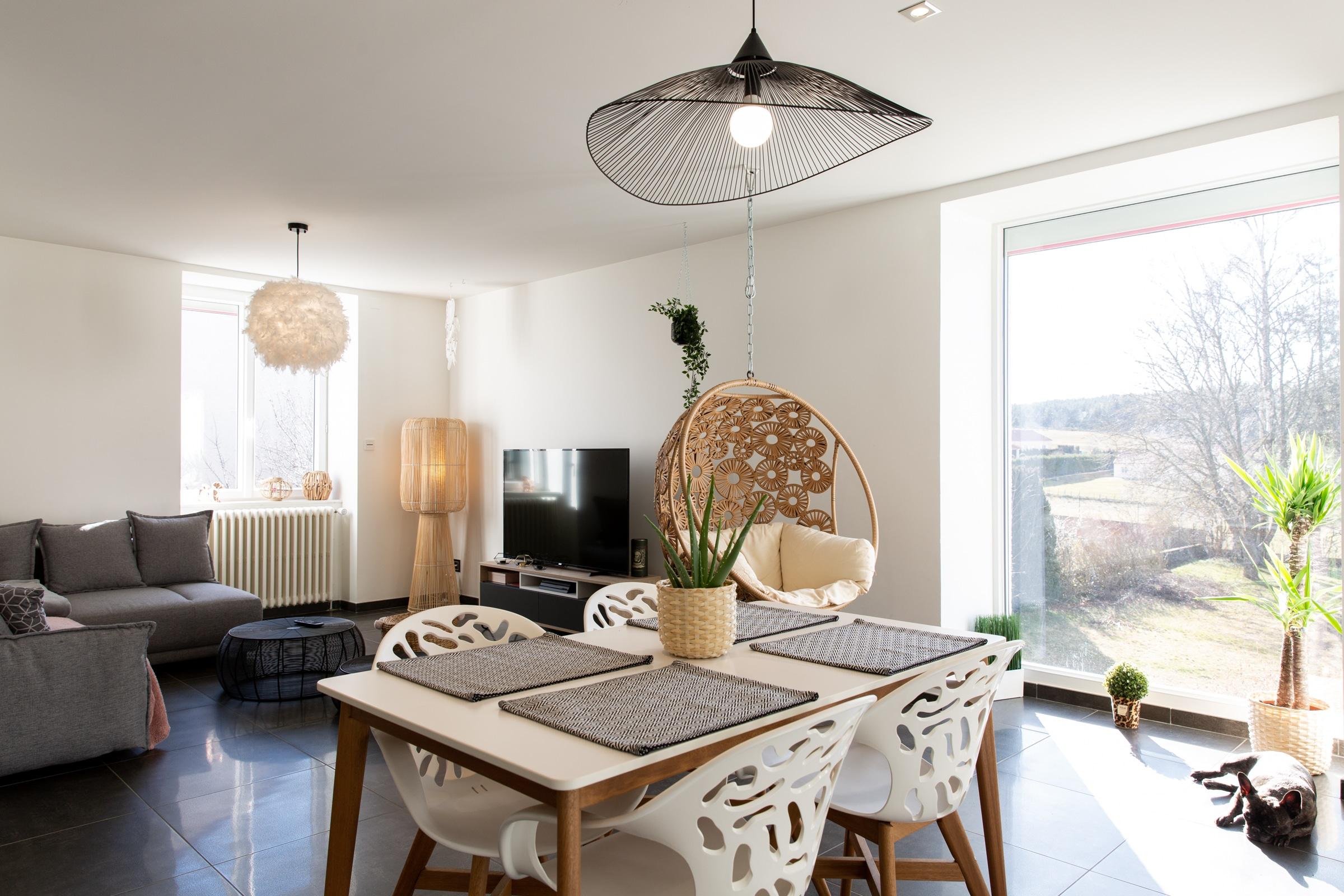 almuneau-architecte-architecteurs-neuf-renovation-agencement-decoration-RGE-langogne-salon-bois-douceur-nature